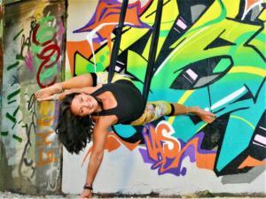 Air_Wand_Dancer_Spray_websize
