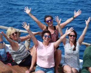 Gruppe_Bootsausflug